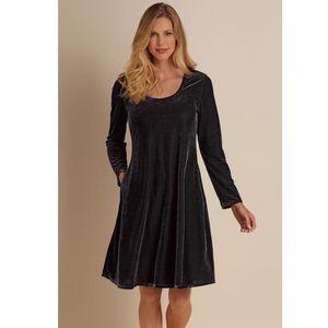 Soft Surroundings Santiago Stretch Velvet Dress